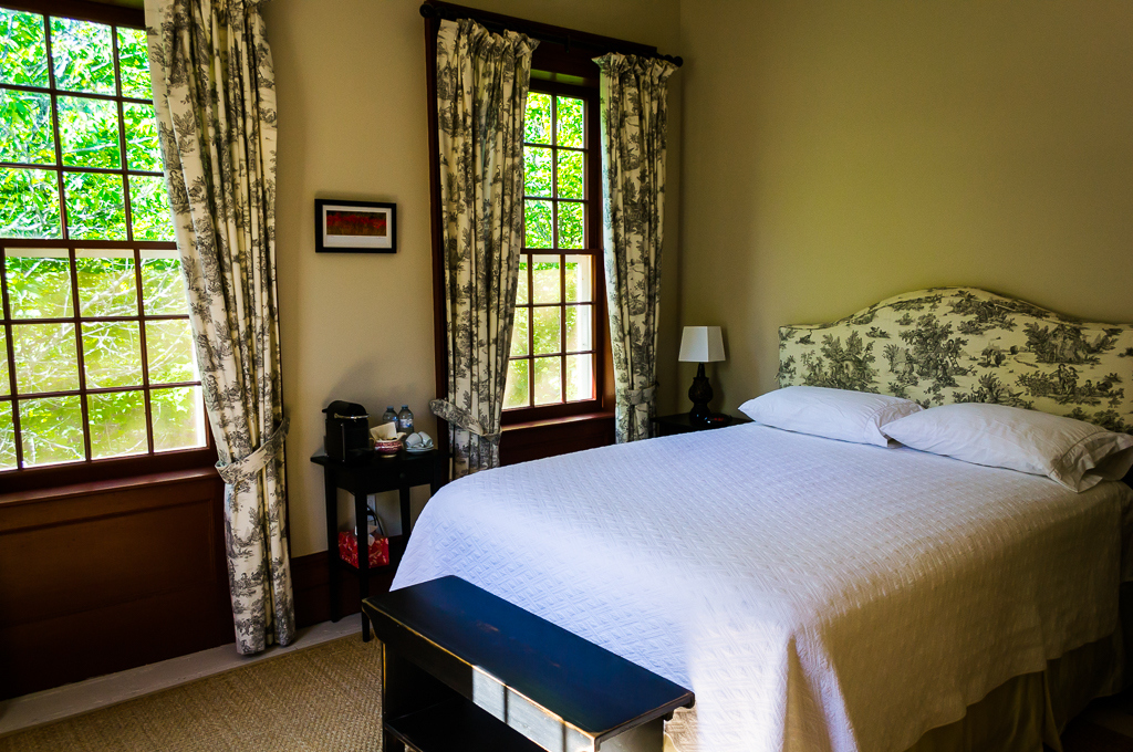 The Orchard - Queen Bed